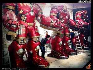 Hot-Toys-Hulkbuster-Statues-In-Progress